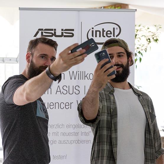 Die Teilnehmer des ASUS 306° Workshops.